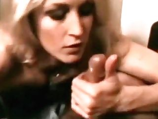 Ideal Oral Pleasure Of A Blonde Retro Mummy